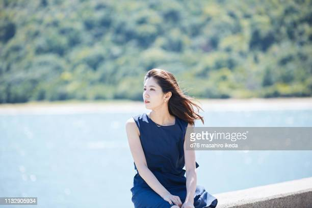 beautiful japanese women in her twenties - levee stock pictures, royalty-free photos & images