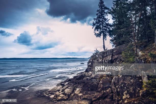 湖タンペレ、フィンランドの美しい風景を見る - タンペレ ストックフォトと画像