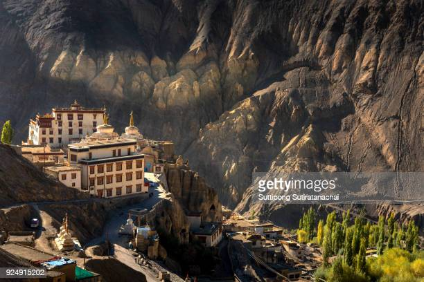 beautiful landscape view of lamayuru temple in leh ladakh on the hill in mountain valley - pakistan stock-fotos und bilder