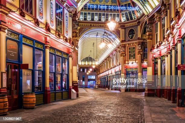 beautiful leadenhall market, london, england - レドンホールマーケット ストックフォトと画像