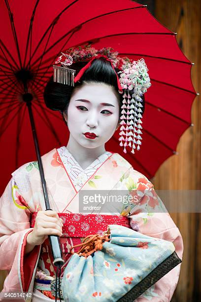 Beautiful Maiko girl