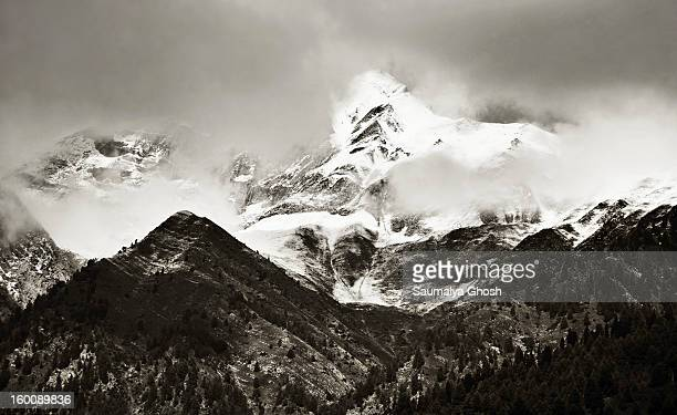CONTENT] A beautiful monochrome view of the Himalayan mountain range at Sonmarg valley in a dark cloudy weather
