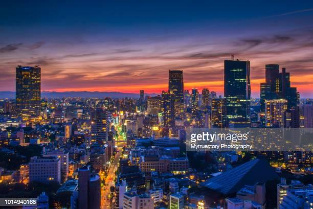 beautiful night scene of tokyo skyline - 夜 ストックフォトと画像