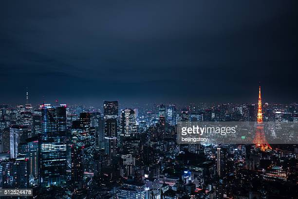 beautiful night scene of  tokyo skyline - night stockfoto's en -beelden
