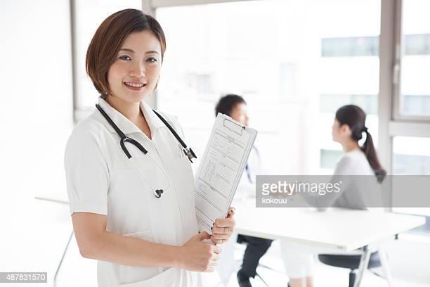 美しい看護師のポートレート