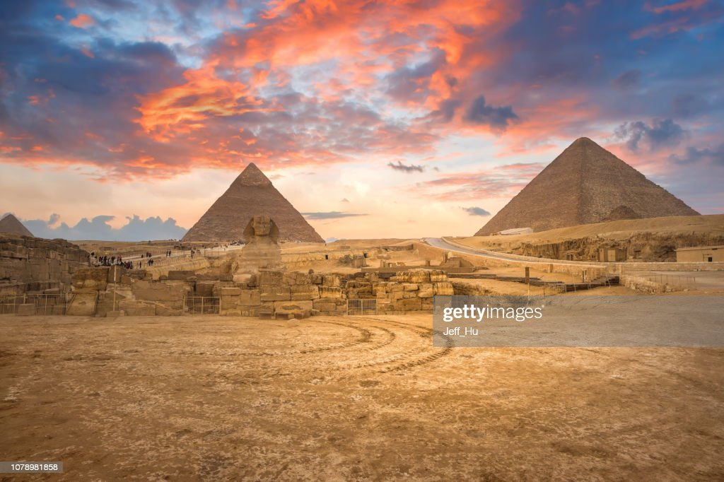 Beautiful  of the Great Sphinx including pyramids of Menkaure and Khafre  in Giza, Cairo, Egypt : Stock Photo
