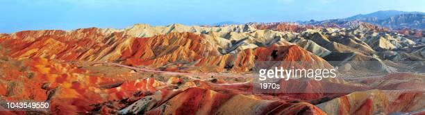 danxia 張掖国家地質公園、甘粛省、中国での美しいパノラマ風景です。 - 甘粛省 ストックフォトと画像