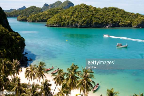 Beautiful paradise beach on AngThong National Park, Koh Samui, Thailand