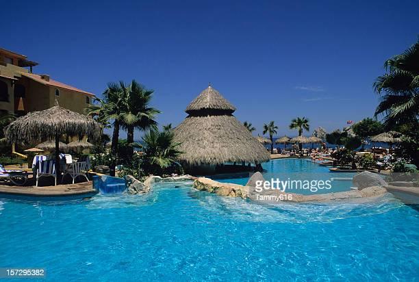Magnifique piscine du centre de villégiature