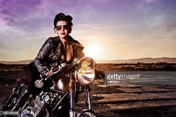 Schöne Retro Pinup-Bikerjacke