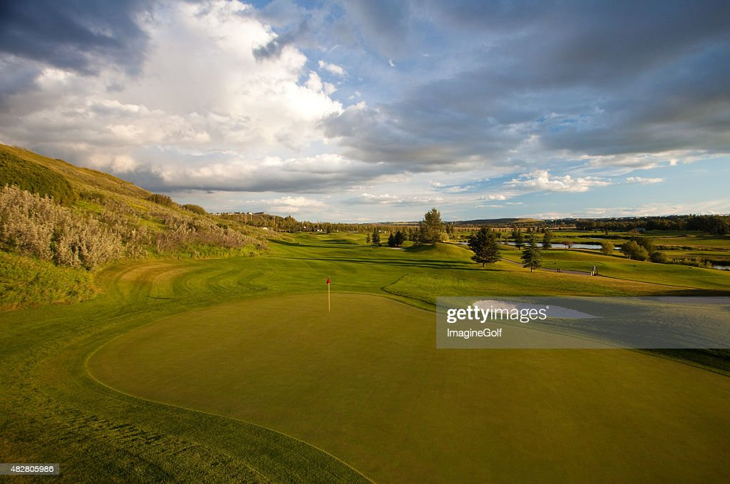 Beautiful Rural Golf Course in River Valley : Stock Photo