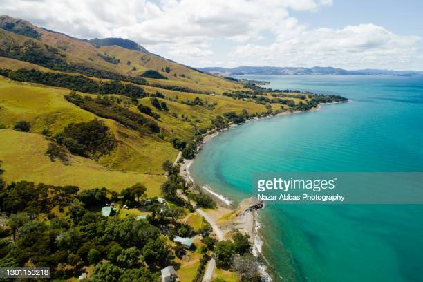 beautiful scene of coastline of the sea. - ニュージーランド北島 ストックフォトと画像