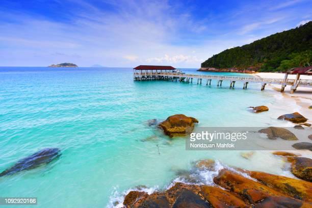 beautiful scene of pulau redang jetty - malaysia stock-fotos und bilder