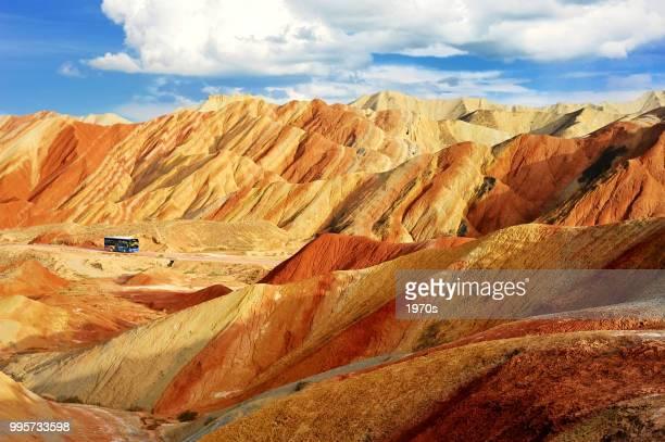 ジオパークの張掖市、甘粛省、中国国家 danxia 地形の美しい風景です。 - 丹霞地形 ストックフォトと画像