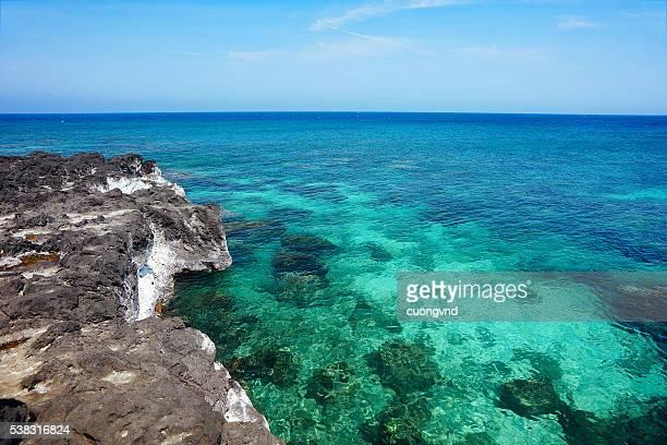 beautiful seascape - quảng ngãi stockfoto's en -beelden