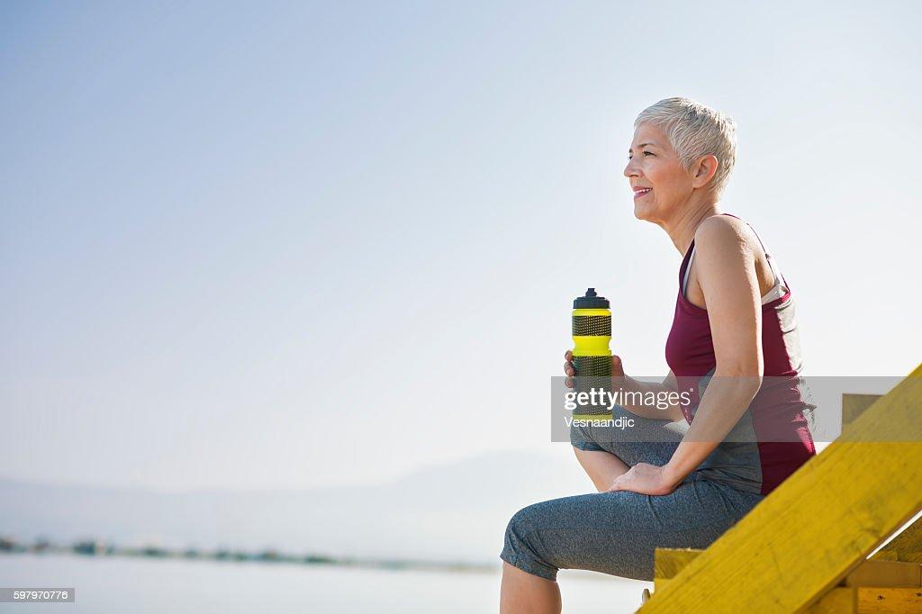 Beautiful senior woman exercise : Stock Photo