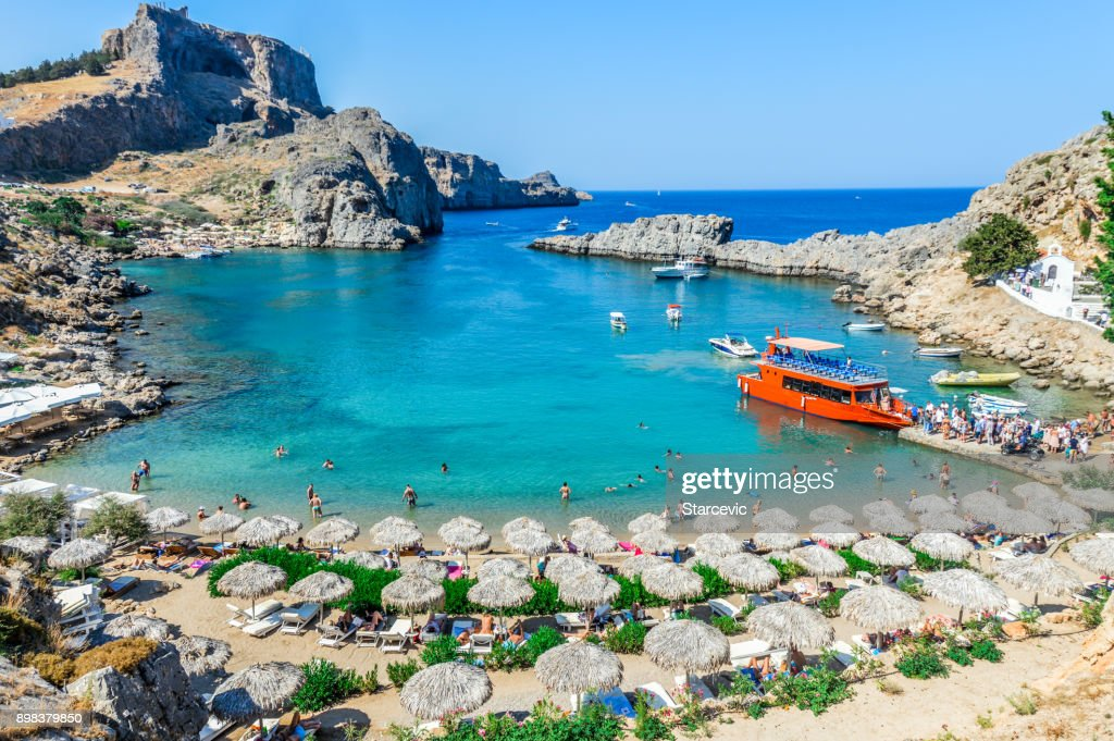 Prachtige St. Paul's Bay in Rhodes, Griekenland : Stockfoto