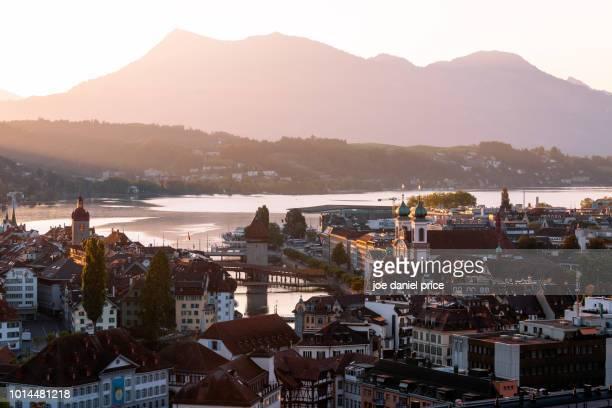 beautiful sunrise over lucerne, switzerland - ルツェルン ストックフォトと画像