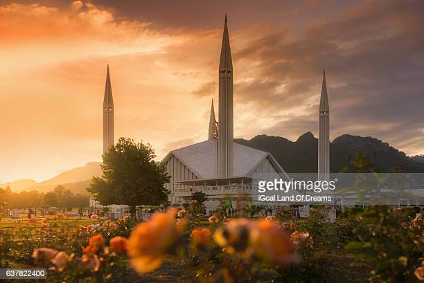 Beautiful sunset at Faisal Mosque is the mosque in Islamabad, Pakistan.