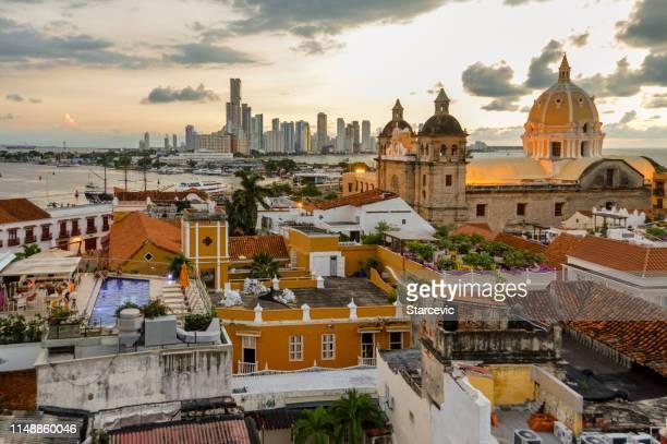 beautiful sunset over cartagena, colombia - cartagena colombia foto e immagini stock