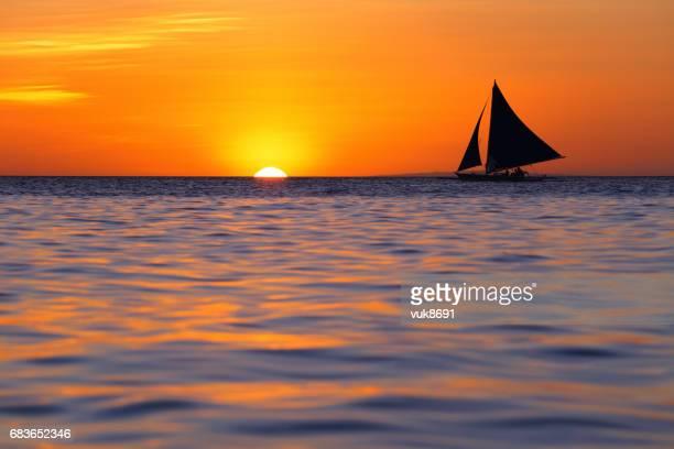 hermosa puesta de sol - paisajes de filipinas fotografías e imágenes de stock