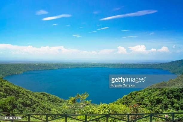 beautiful view of apoyo lagoon in nicaragua - nicaragua fotografías e imágenes de stock