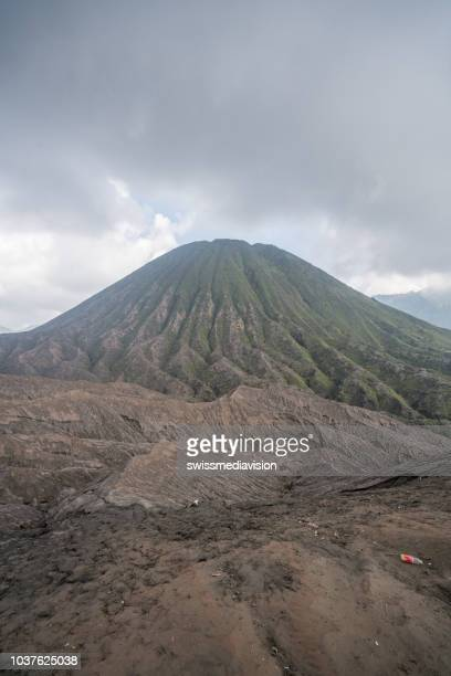 beautiful view of bromo national park and spectacular volcanoes in indonesia. travel destinations tourism concept - mt semeru stock pictures, royalty-free photos & images