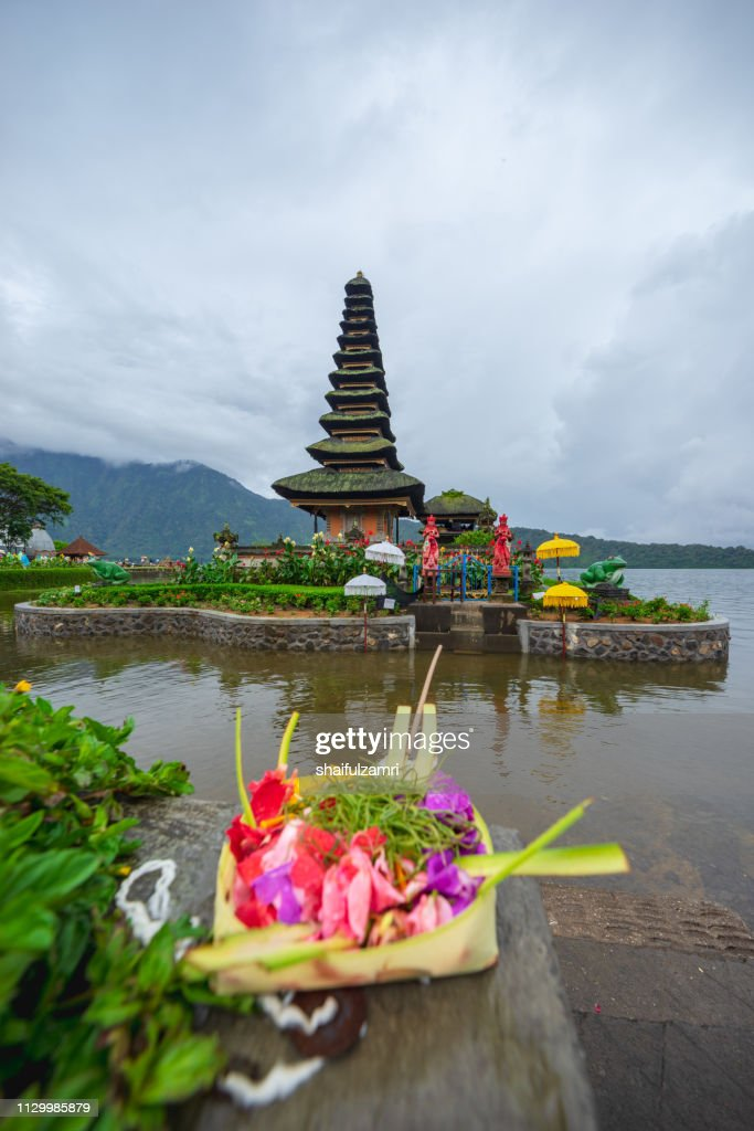 Beautiful view of Pura Ulun Danu Bratan, a Hindu temple on Bratan lake, Bali, Indonesia. : Stock Photo