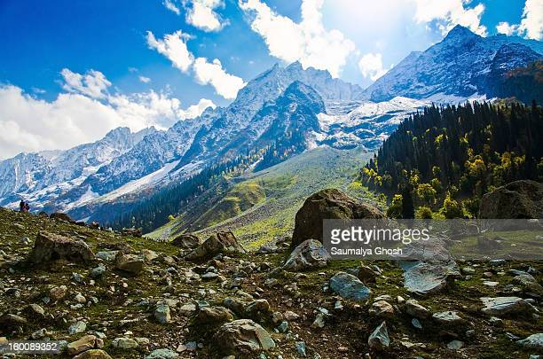 Beautiful view of Sonmarg valley in a pleasant autumn morning with the snow covered Himalayan mountain range in the backdrop.