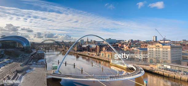 beautiful view of the newcastle quayside - newcastle upon tyne stock pictures, royalty-free photos & images