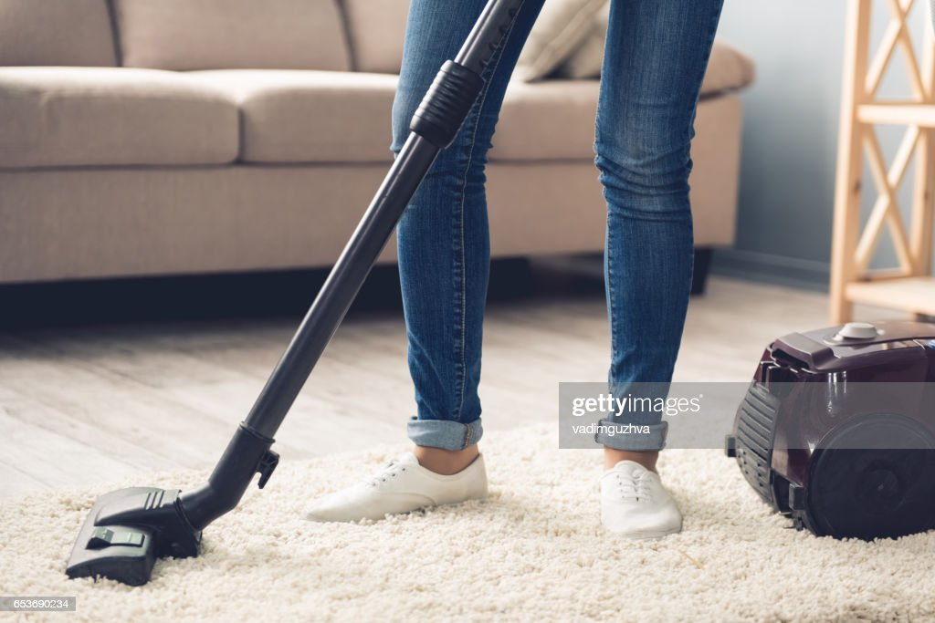 Schöne Frau, Reinigung : Stock-Foto