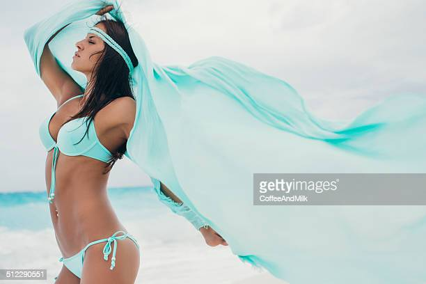 beautiful woman on the beach - beautiful beach babes stock pictures, royalty-free photos & images