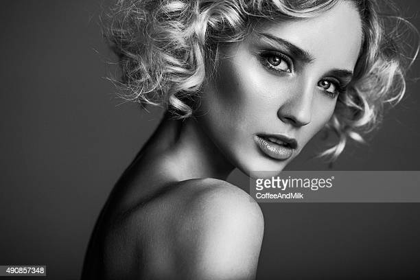 beautiful woman - beautiful woman stock pictures, royalty-free photos & images