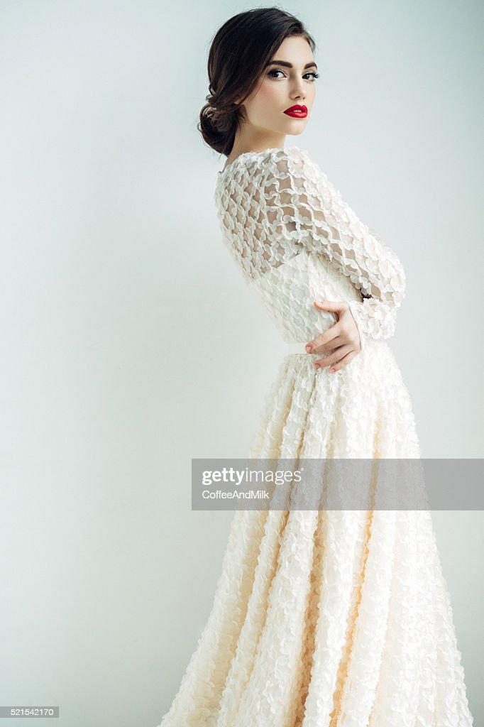 Schöne Frau mit cocktail-Kleid : Stock-Foto