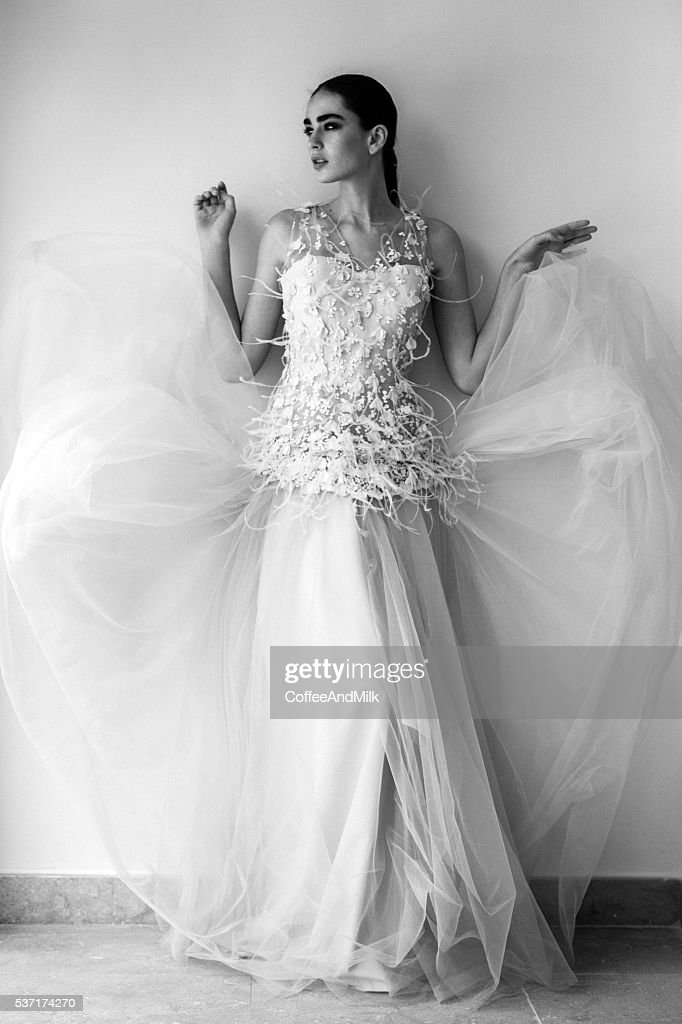 Beautiful woman wearing wedding dress : Stock Photo