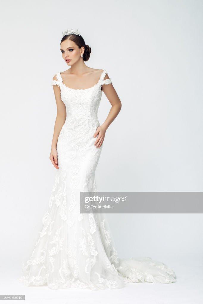 Beautiful woman wearing wedding dress : Stock Photo