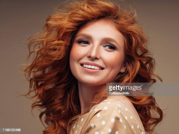 beautiful woman with luxury hairs - society beauty stock pictures, royalty-free photos & images