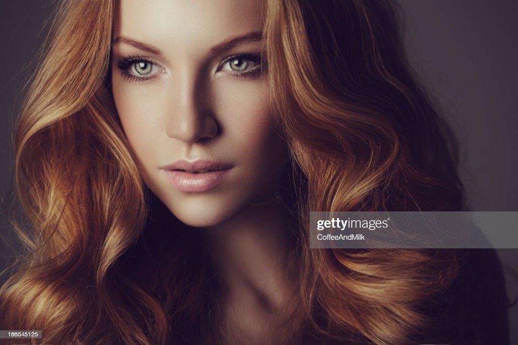 Beautiful woman with luxury hairs : Stock Photo