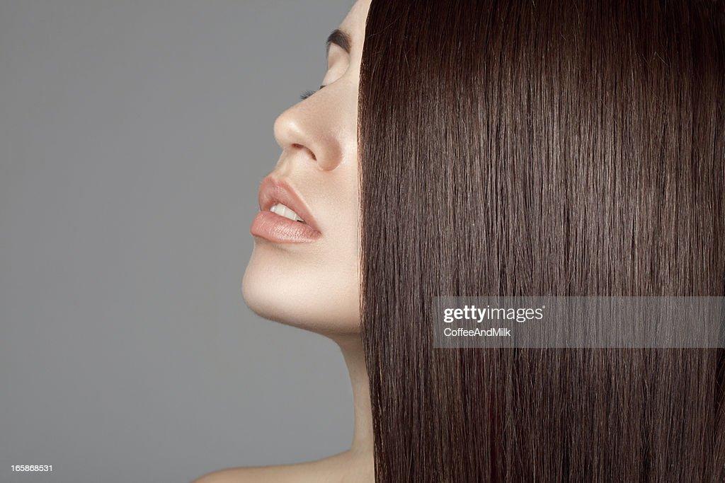 Mulher bonita com perfeita encravados : Foto de stock