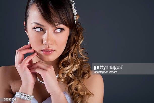 beautiful young bride portrait - one teenage girl only stock pictures, royalty-free photos & images