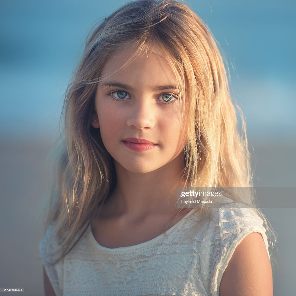 Pretty young girl — img 3