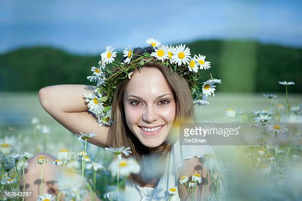 beautiful young woman in daisies - nee nee stock pictures, royalty-free photos & images