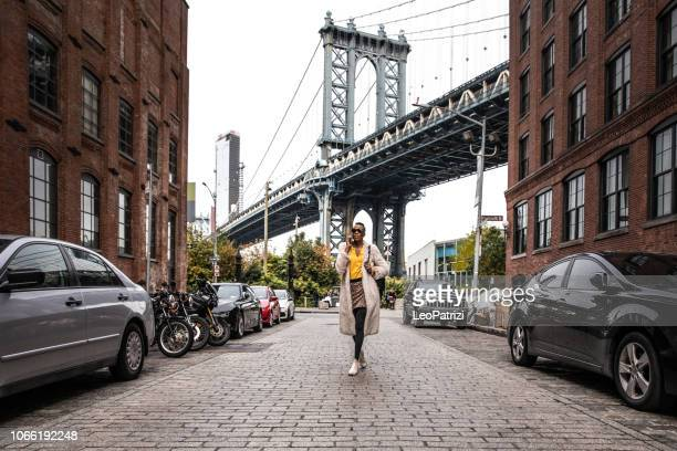 beautiful young woman in nyc - new york state stock pictures, royalty-free photos & images