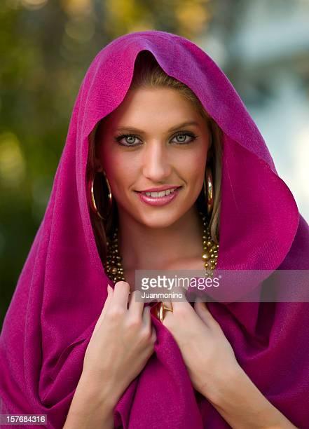 bela jovem mulher com véu - wedding veil - fotografias e filmes do acervo