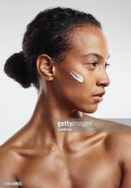 beautify yourself with natural products - natural beauty people stock pictures, royalty-free photos & images