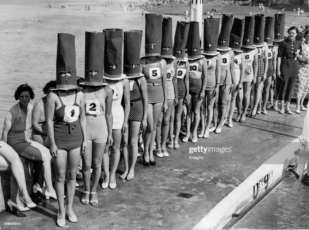 Beauty contest in Cliftonville. Photograph. 1936.  (Photo by Austrian Archives (S)/Imagno/Getty Images) : News Photo