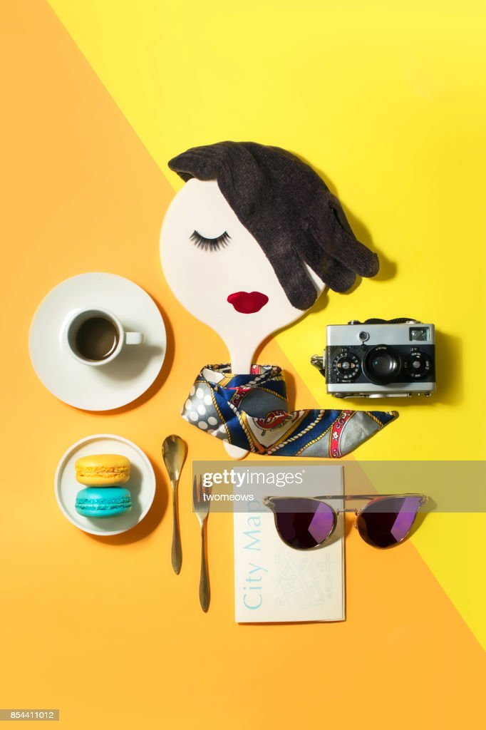 Beauty, fashion, travel and retail conceptual still life. : Bildbanksbilder