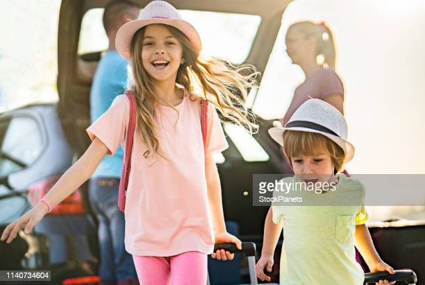 beauty kids love to travel - packing stock pictures, royalty-free photos & images