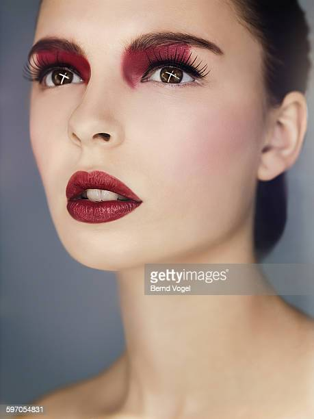 beauty - bordeaux rosso foto e immagini stock
