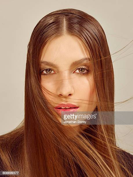 beauty - straight hair stock pictures, royalty-free photos & images